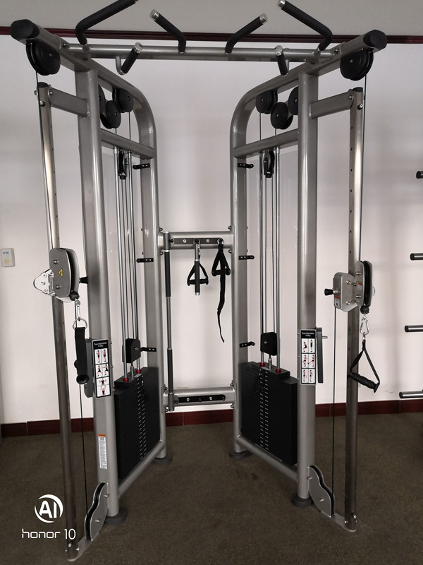 cable cross gym2.jpg